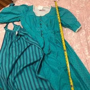 Authentic Dirndl dress w/apron